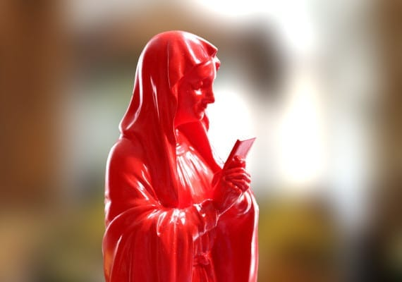 #OMG Red Virgin Marry statue