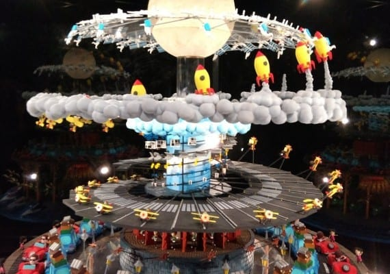 Giant zoetrope 3d printed kinetic artwork